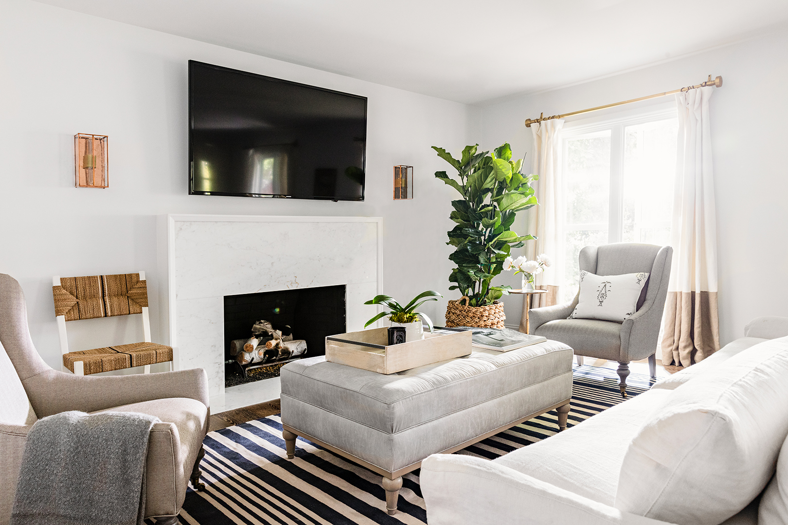10 Rules to Keep in Mind When Decorating a Living Room ...