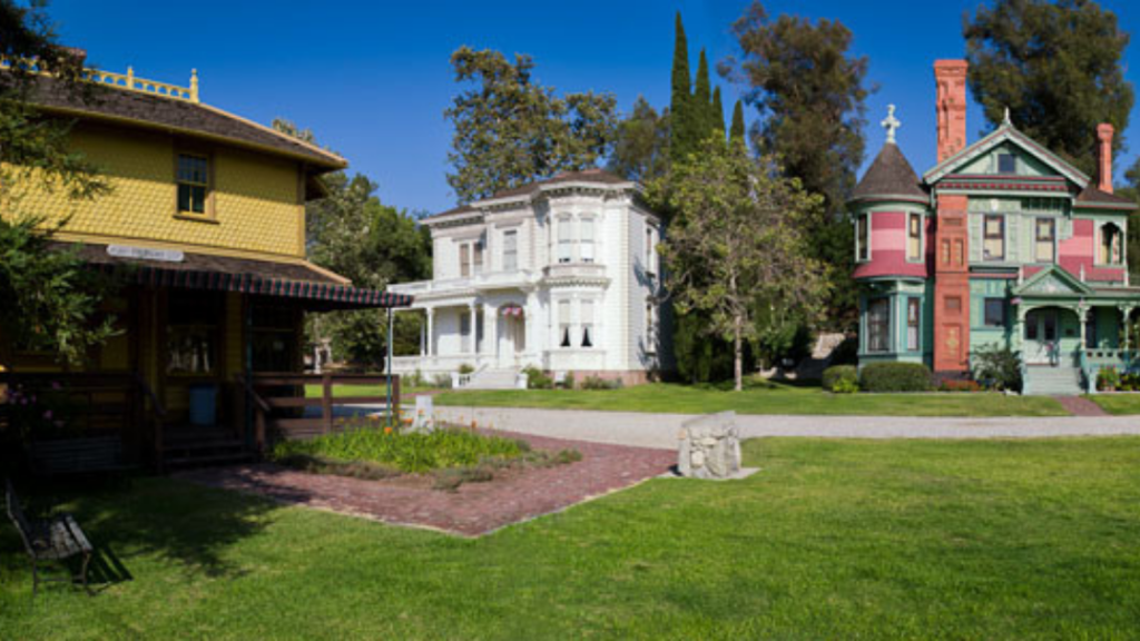 10 Historic LA Sites to See Even if You're A Local